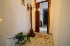 House on 2 independent levels in Alghero center