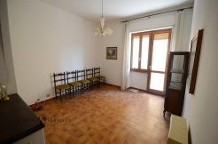Three rooms apartment for sale via Sassari