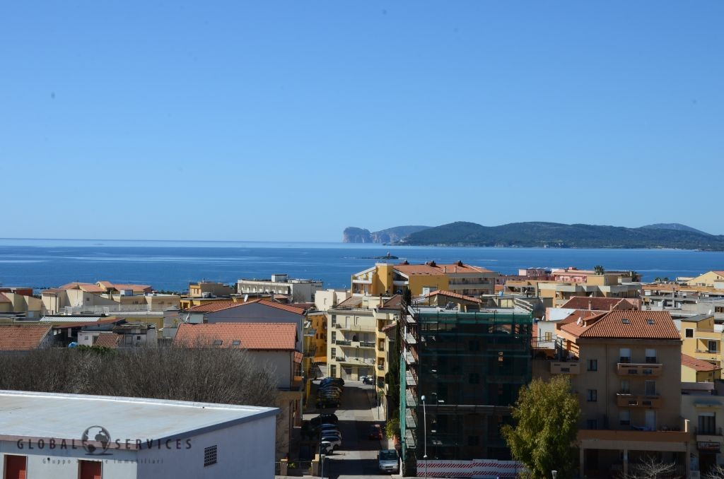 Penthouse large terrace overlooking the sea Pacinotti area Alghero