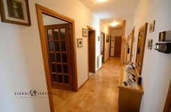 Large apartment on Via XX Settembre