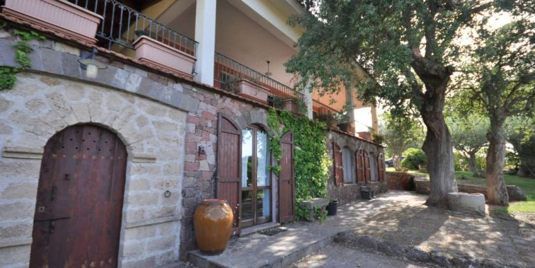 villa for sale with pool in Alghero