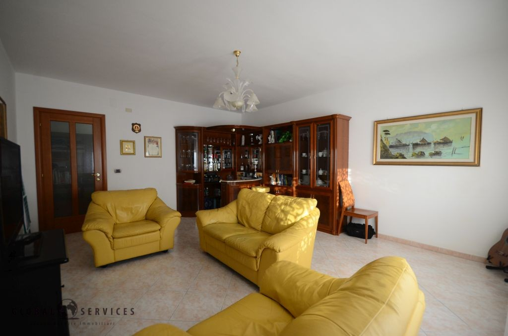 Very central apartment for sale in Alghero