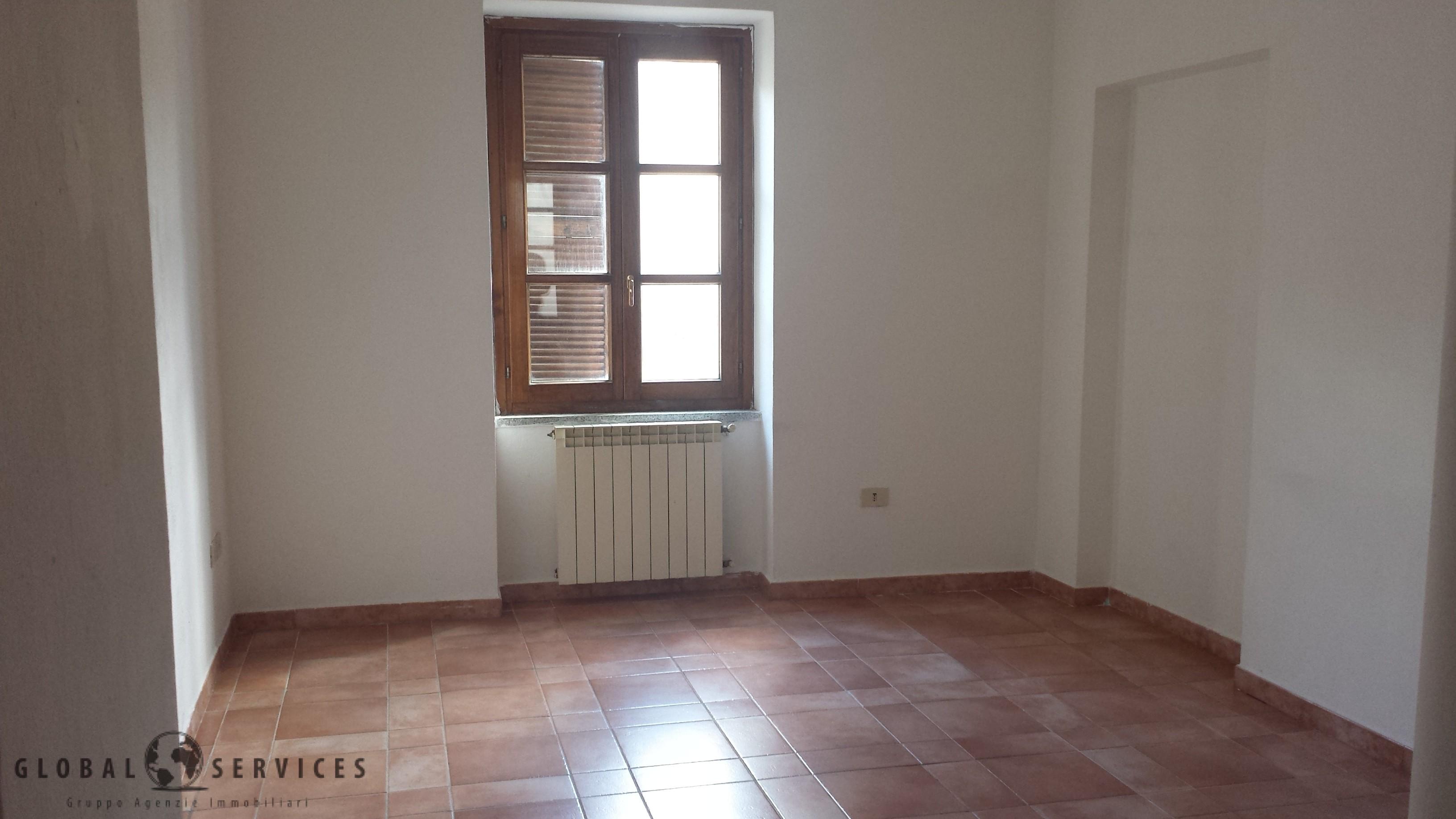 Nuoro in via Chironi, appartamento vendita