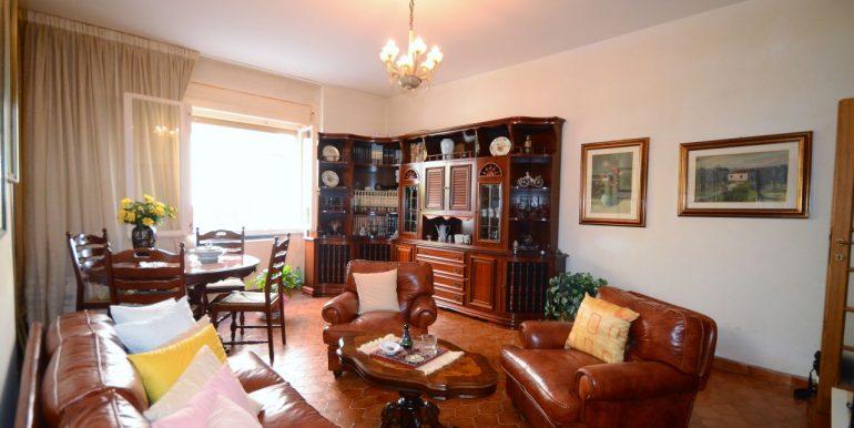 Grande appartamento con cortile vendita Alghero