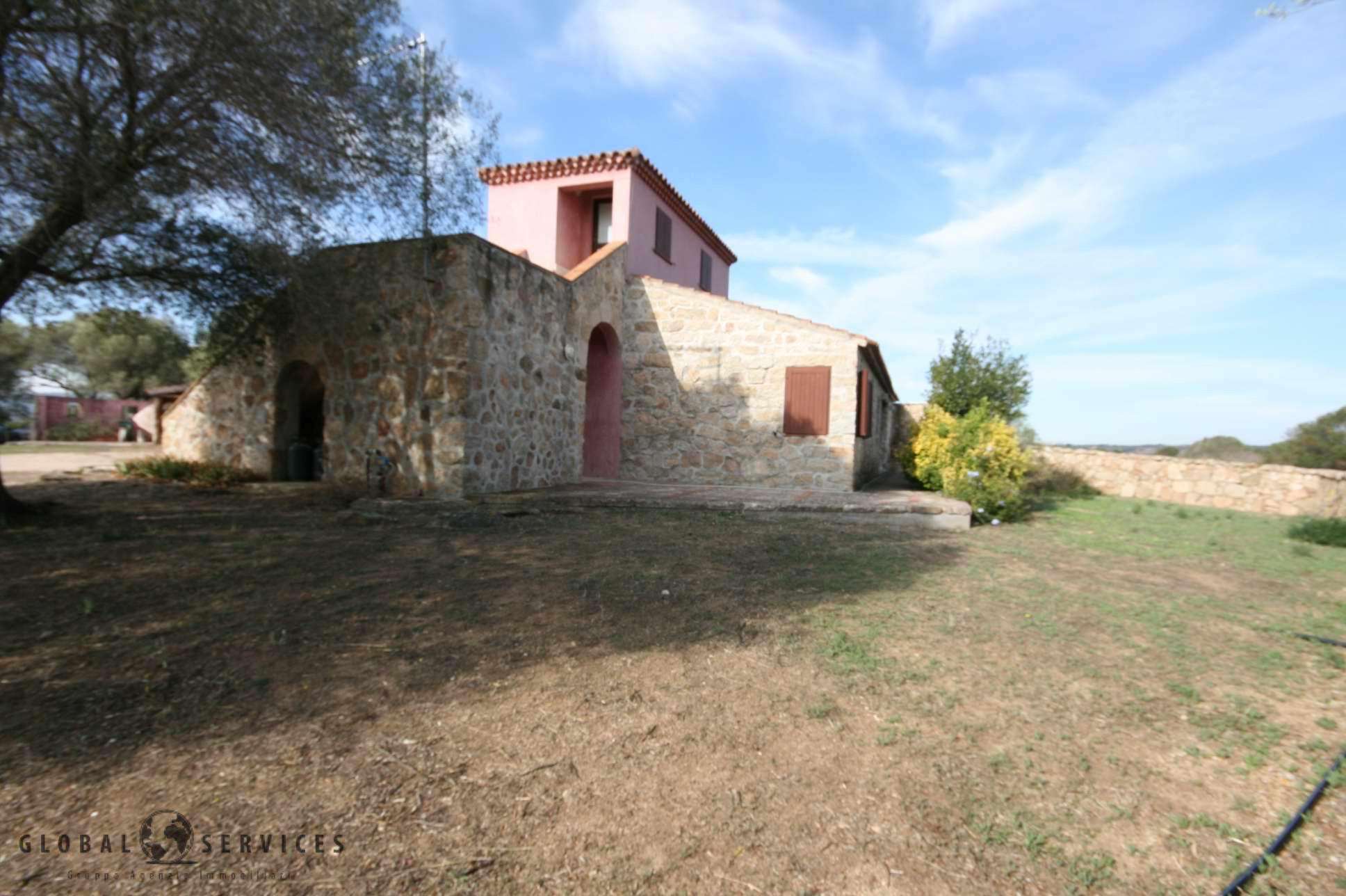 Arzachena villa casale in vendita