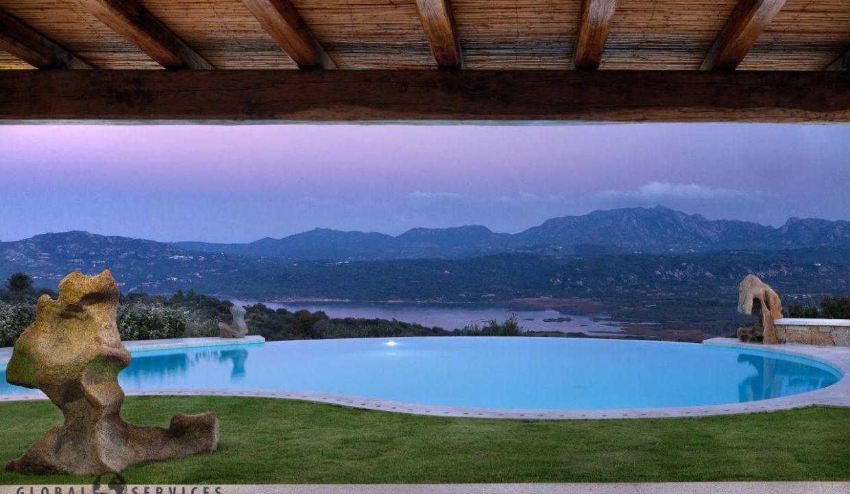 Villa for sale in Cugnana Olbia