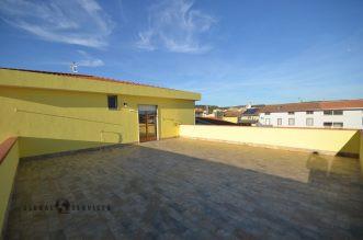 Attico con ampia terrazza abitabile in vendita Olmedo
