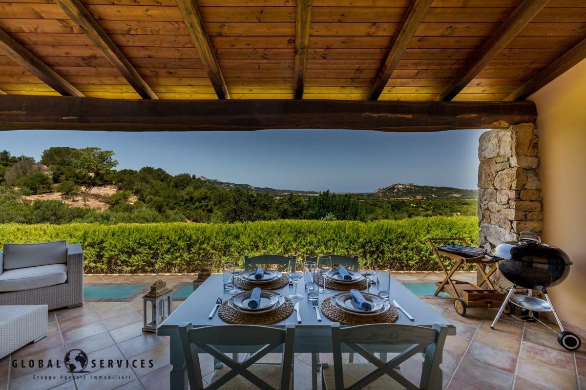 Villa in Vendita San Pantaleo Olbia