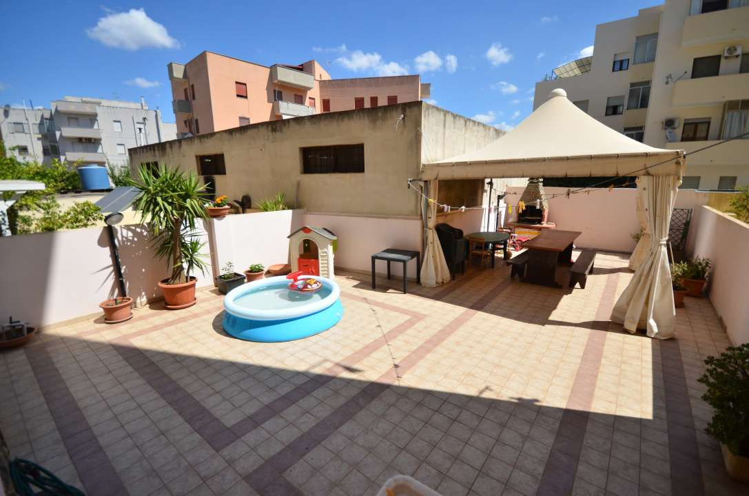 Appartamento in vendita con ingresso indipendente