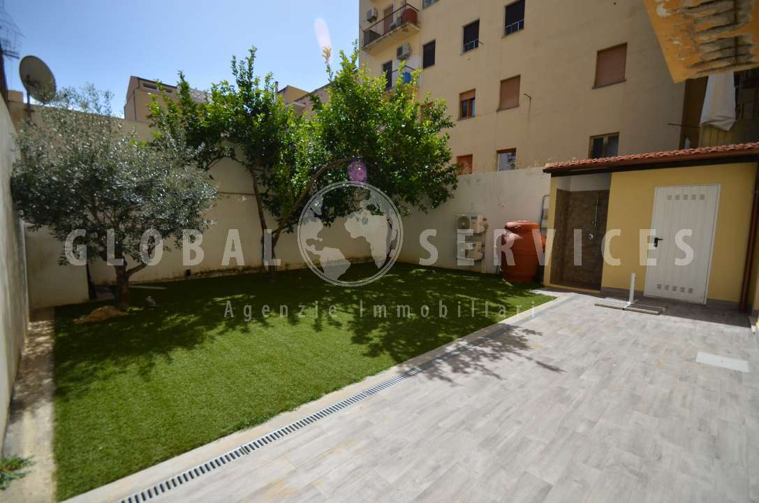 Central Apartment With Garden For Sale Alghero