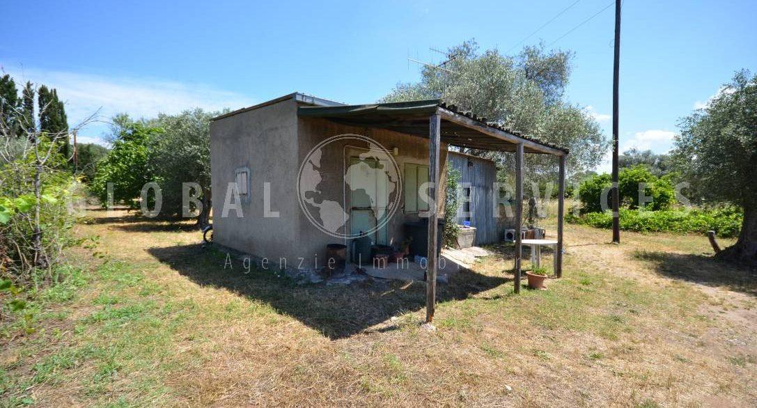 Terreno con magazzino Punta Moro Alghero