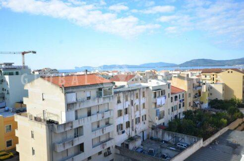 Ristrutturato appartamento vista mare Alghero
