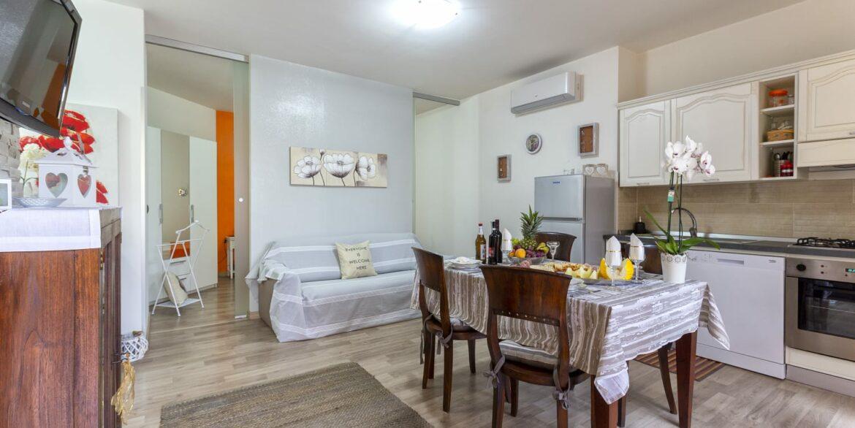 Favoloso appartamento indipendente via Biasi (17)