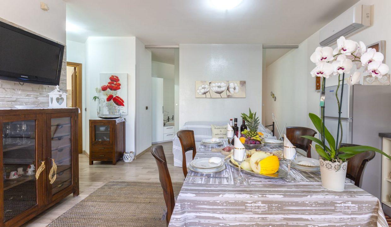 Favoloso appartamento indipendente via Biasi (9)
