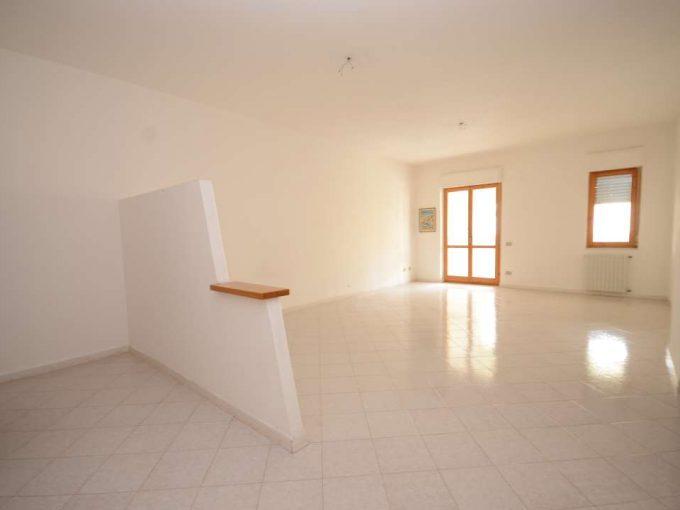 Ampio appartamento via Meucci