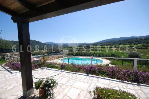 Villetta con dependance e piscina
